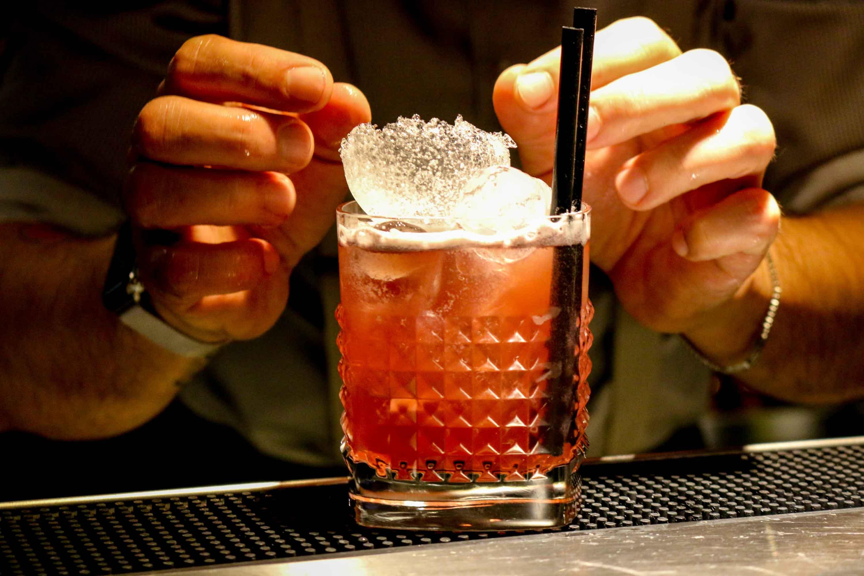 Preparazione cocktail Vecio Piave 2