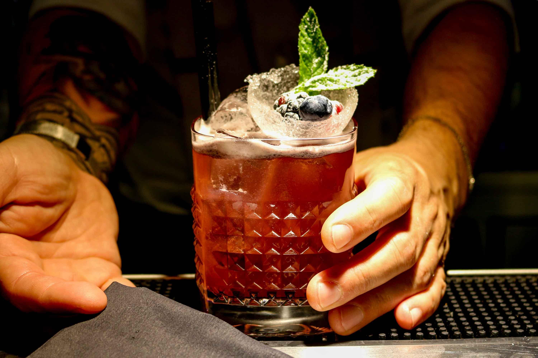 Preparazione cocktail Vecio Piave 3